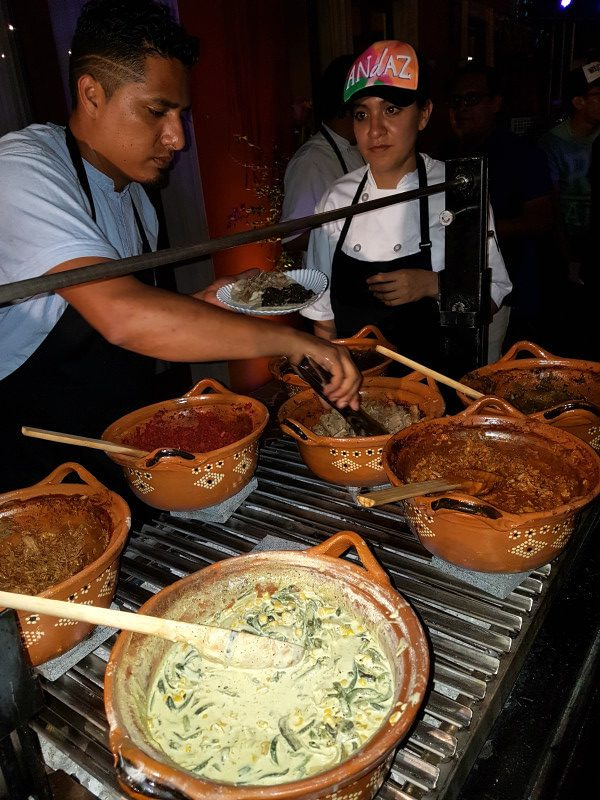 Comida callajera en la Riviera Maya Beer & Street Food Fest
