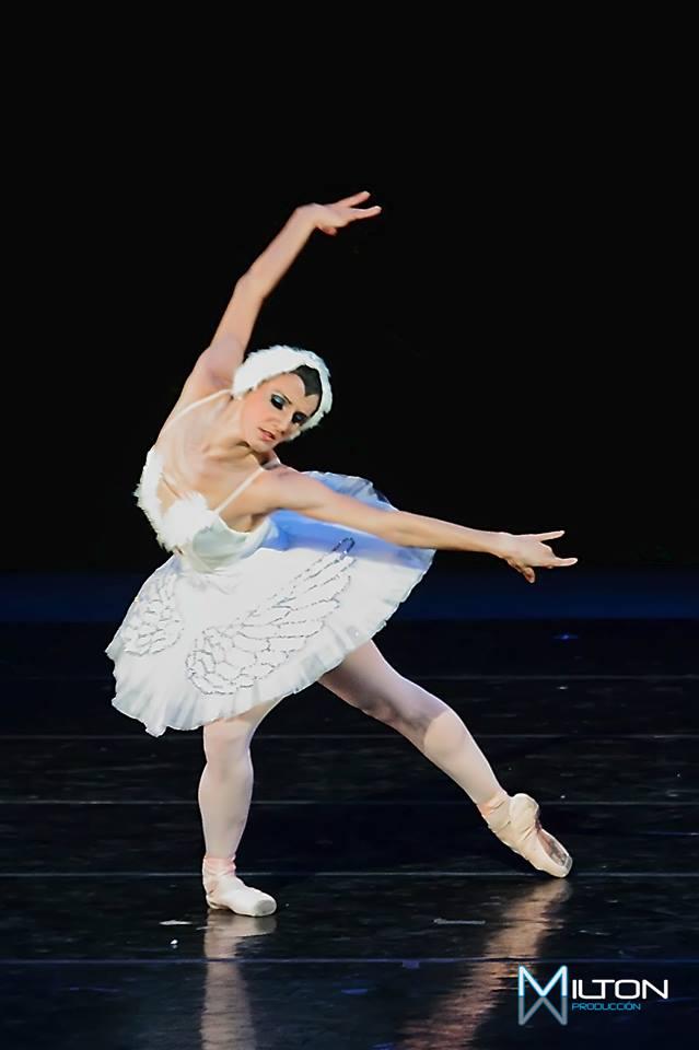 Martha acebo bailarina