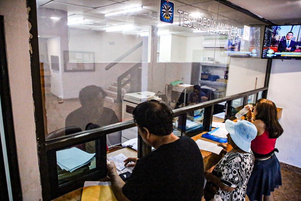 Gracias al gobierno municipal de isla mujeres, ciudadanos disfrutan de un descuento al pagar el impuesto al predial