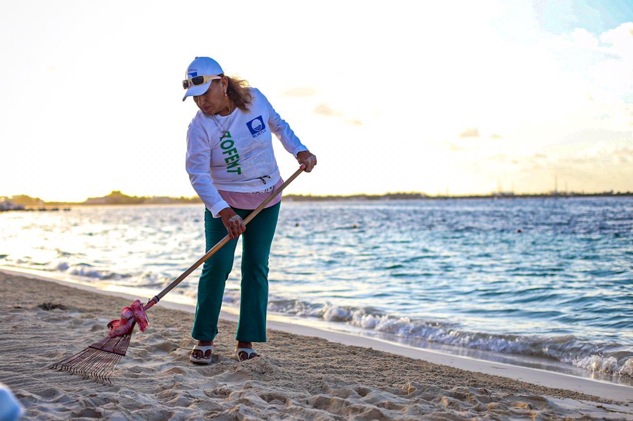 Con la llegada del fin de año, el municipio de Isla Mujeres se mantiene firme con campañas de limpiezas de playas