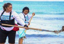 Artesanos y vendedores se juntaron para continuar con la limpieza de las playas