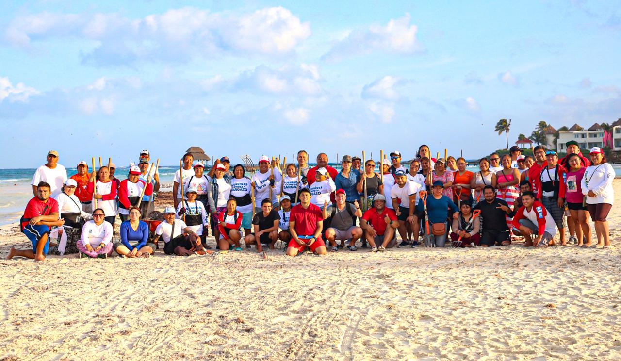 Siguen con intensidad las campañas de limpieza de playas para que turistas y lugareños disfruten de las mismas.