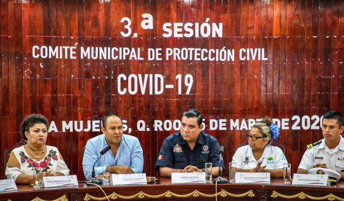Funcionarios del gobierno municipal de Isla Mujeres se reunieron para discutir medidas de prevención contra la propagación del virus Covid19