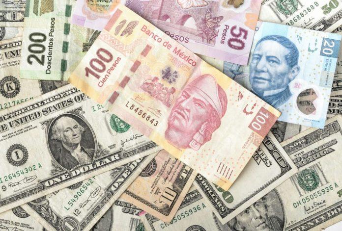 El dólar interbancario se ubica en 23.97 pesos,