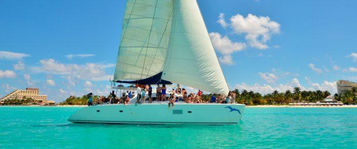 El gobierno de isla mujeres cancela los arribos a la ínsula de lanchas y catamaranes