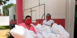 """Apoya a los más afectados por el Covid-19 entregando 100 """"Kits de Blancos"""" entre la ínsula y la Zona Continental de Isla Mujeres."""