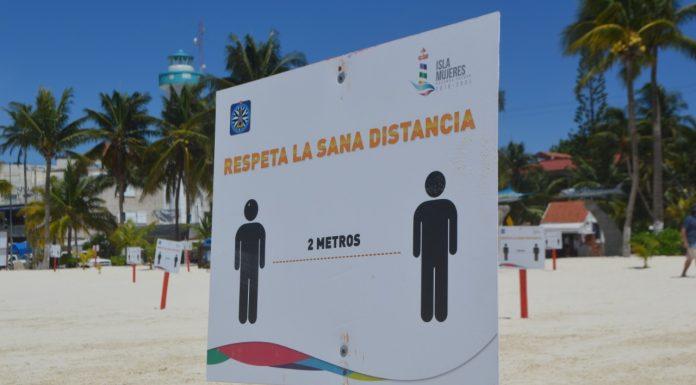 Los esfuerzos por mantener en óptimas condiciones los balnearios de Isla Mujeres continúan